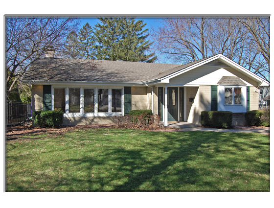 3 Bedroom St Charles, IL Home For Sale Presented By Peggy Cain.